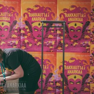 Festivaali-info Lasipalatsilla. Kuva: Vitali Gusatinsky