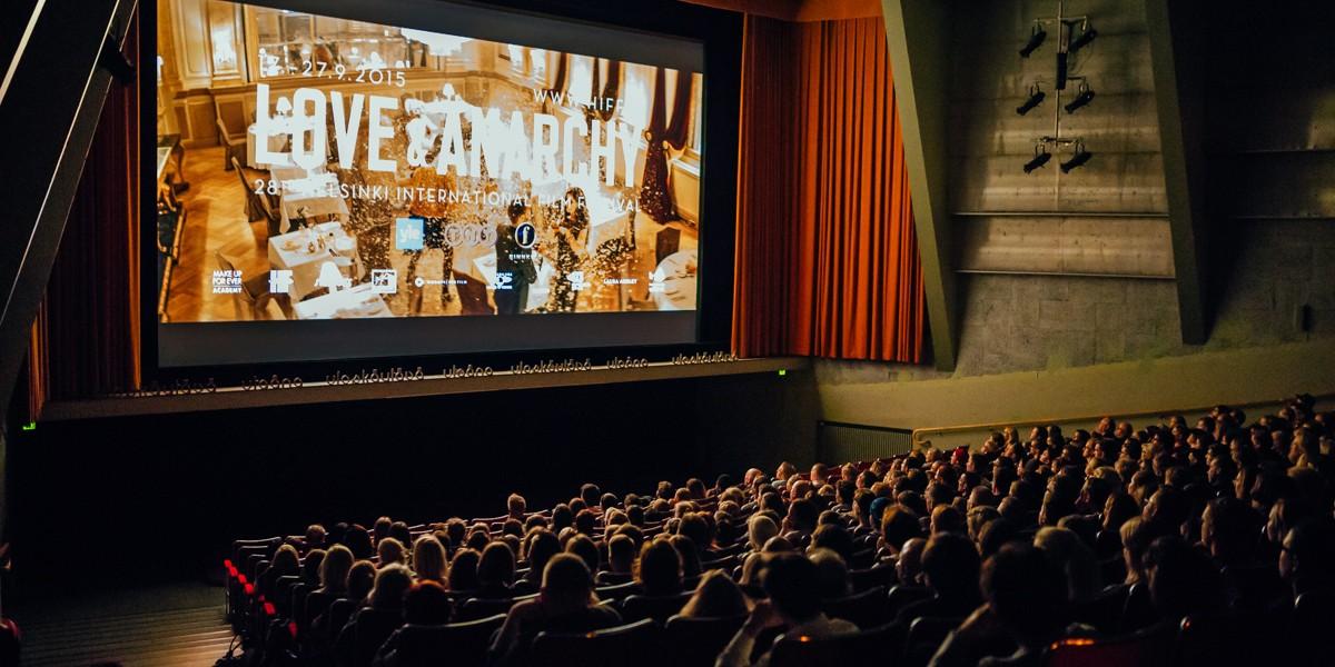 HIFF trailer 2015 on silver screen. Photo: Pauli Haanpää