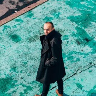 Ohjaaja Ronnie Sandahl. Kuva: Pauli Haanpää