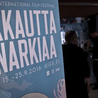 Vilskettä Kinopalatsin infossa. Kuva Andre Vicentini.